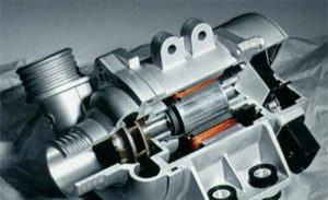La bomba d'aigua electrònica de BMW té molts avantatges i pot estalviar combustible